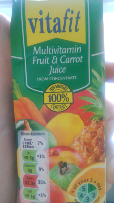 Multivitamin fruit and carrot juice
