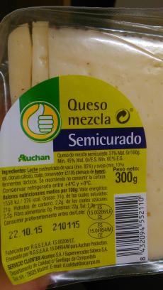 Queso mezcla semicurado Auchan