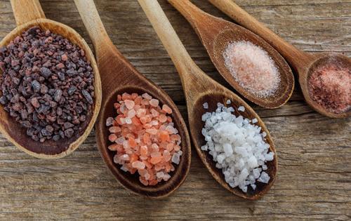 7 tipos de sal y sus propiedades para tu salud