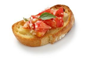 Tostas de tomate especiado