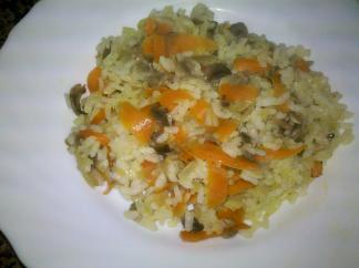 Arroz con champiñones y zanahoria