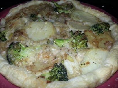Quiche vegano de puerro, brocoli y patata
