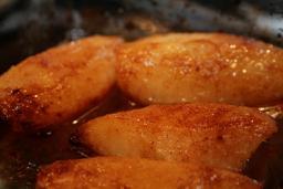 Peras al horno con canela
