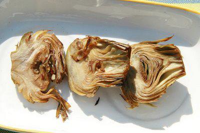 Alcachofas al ajillo