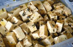 Tofeta (Tofu Feta)