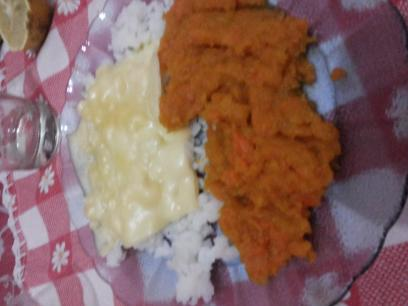 Puré de zapallo y zanahorias con arroz y queso