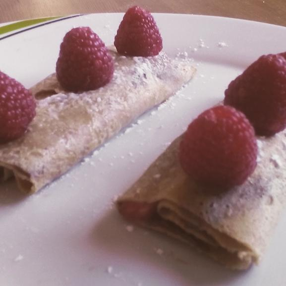 Crepes de avena con chocolate y fresas