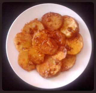 Patatas al ajillo con pimentón
