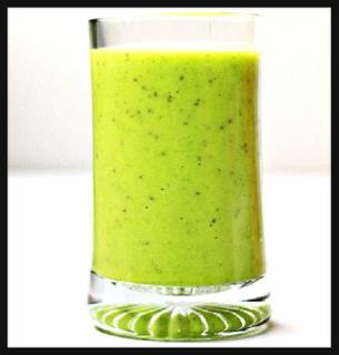 Batido verde de piña