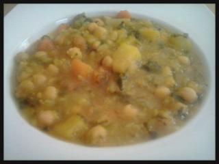 Potaje de verduras con garbanzos