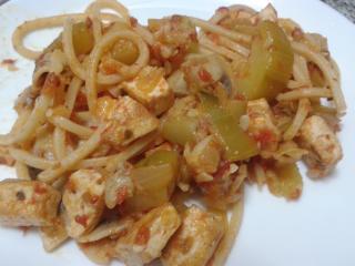 Espaguetis con salsa de tofu