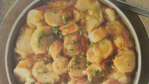 Sopa blandita de ajo, tomate y pan