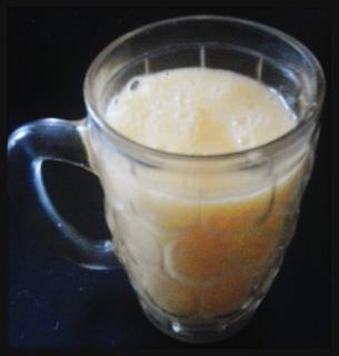 Batido de naranja-plátano