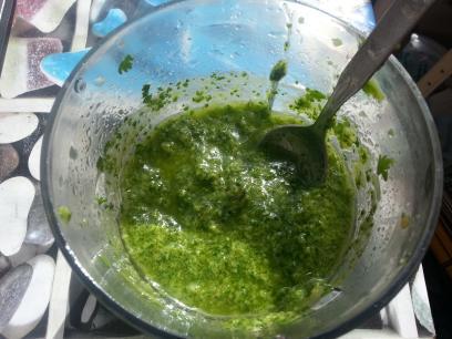Mojo verde de aguacate y cilantro