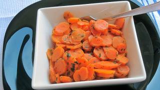 Zanahoria a las finas hierbas